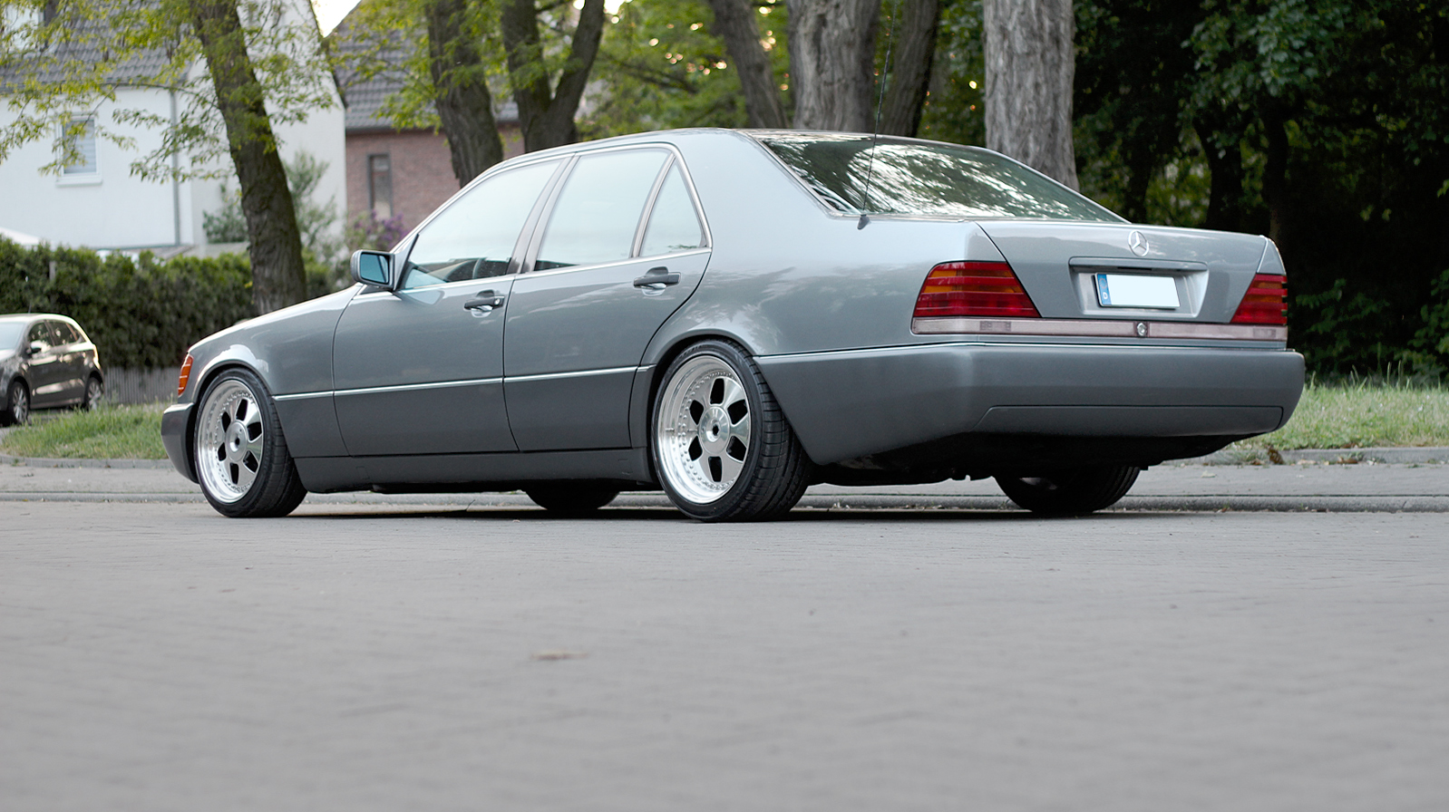 Mercedes benz w140 400se on oz mae wheels benztuning for Mercedes benz wheel