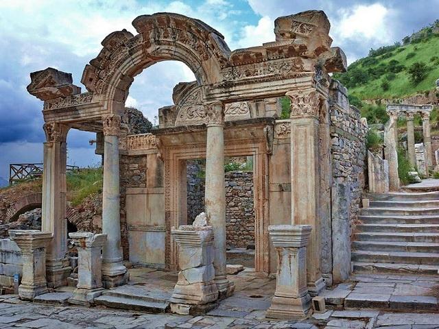 Temple of Ephesus Hadrian