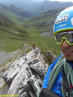 fernando Calvo guía de alta montaña uiagm camp, cassin , rab oakley europe portillin oriental arista