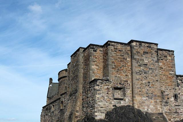 Ensikosketus Edinburghiin 24