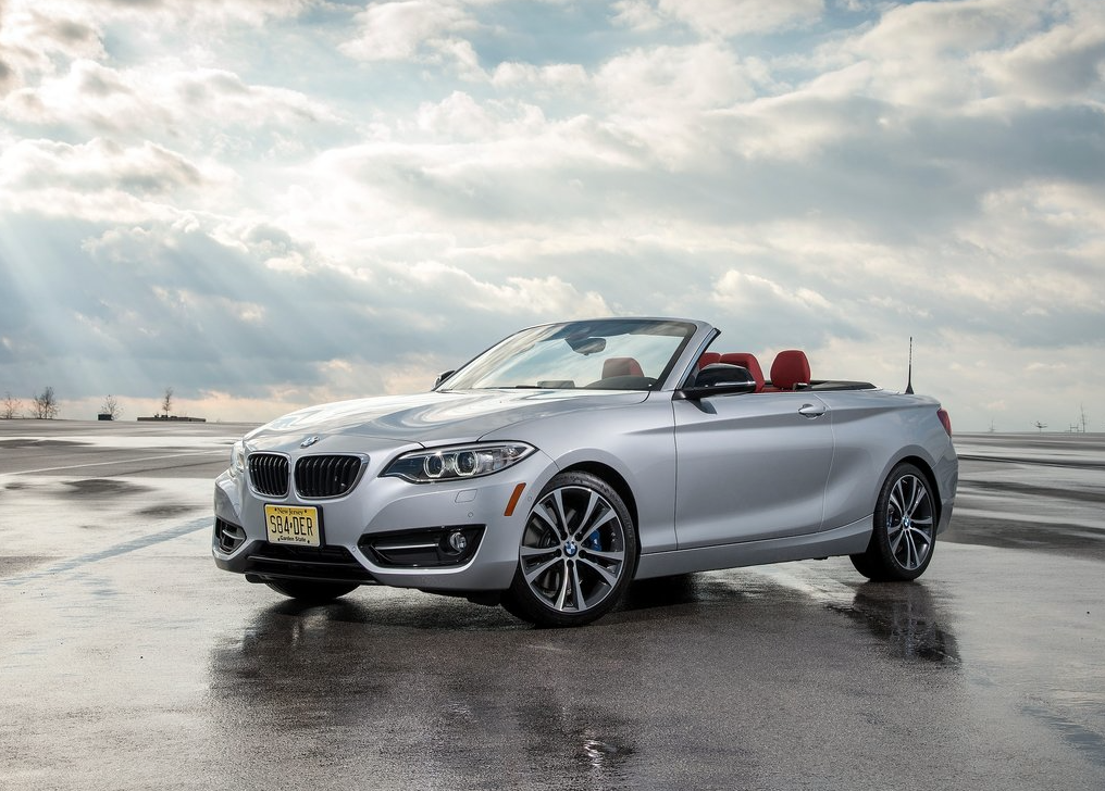 2015 BMW 2-Series convertible silver