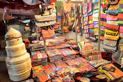 ben thanh night market ho chi minh city hcm saigon vietnam ben thanh pasar malam