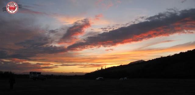 Atardecer en el camping del PN de Skaftafell, Islandia