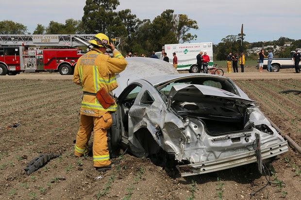 Arroyo+Grande+Car+crash+Teen+Driver+Fair+Oaks+Avenue+Accident+Texting+March+2014