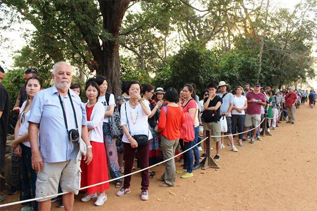 Limitation du nombre de visiteurs au Phnom Bakheng