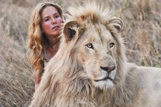 """""""A Menina e o Leão"""""""
