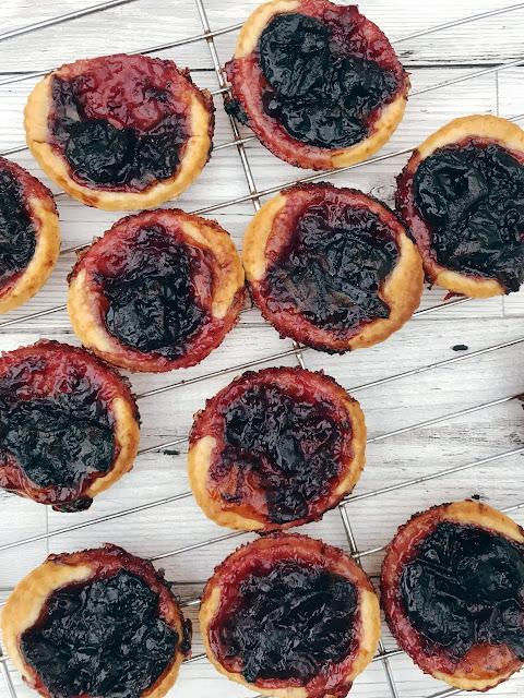 baked jam tarts