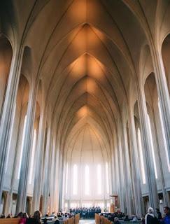 interno Hallgrímskirkja