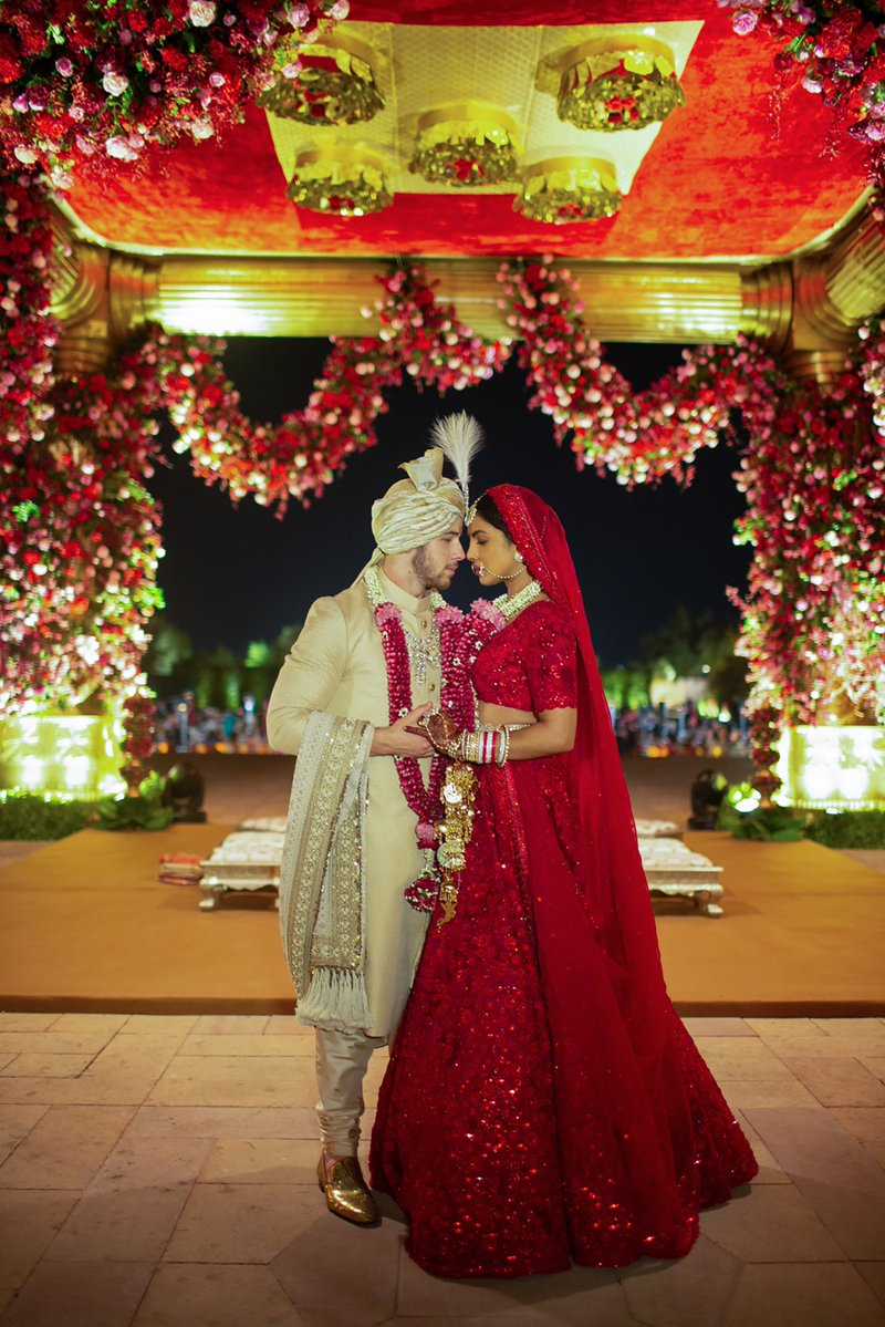 Priyanka and Nick mesmerize in official wedding photographs
