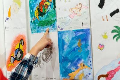 «Φαντάσου τι κρύβει το λυχνάρι»: Τα παιδιά ζωγραφίζουν για το Μουσείο Κυκλαδικής Τέχνης