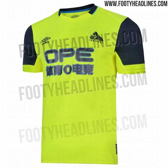huddersfield-18-19-third-kit-2.jpg