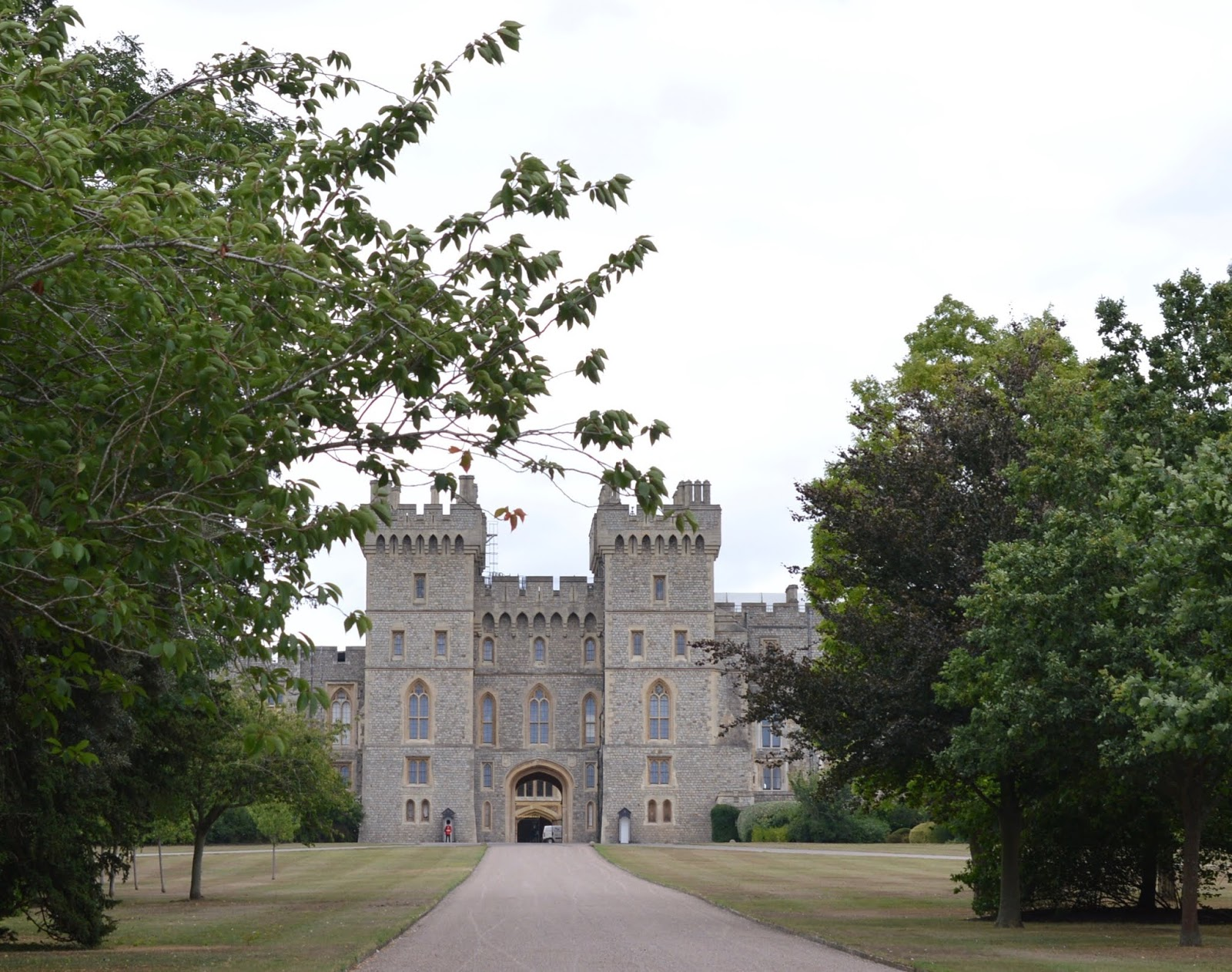 A Short Stay in Windsor with Kids  - windsor castle from the long walk