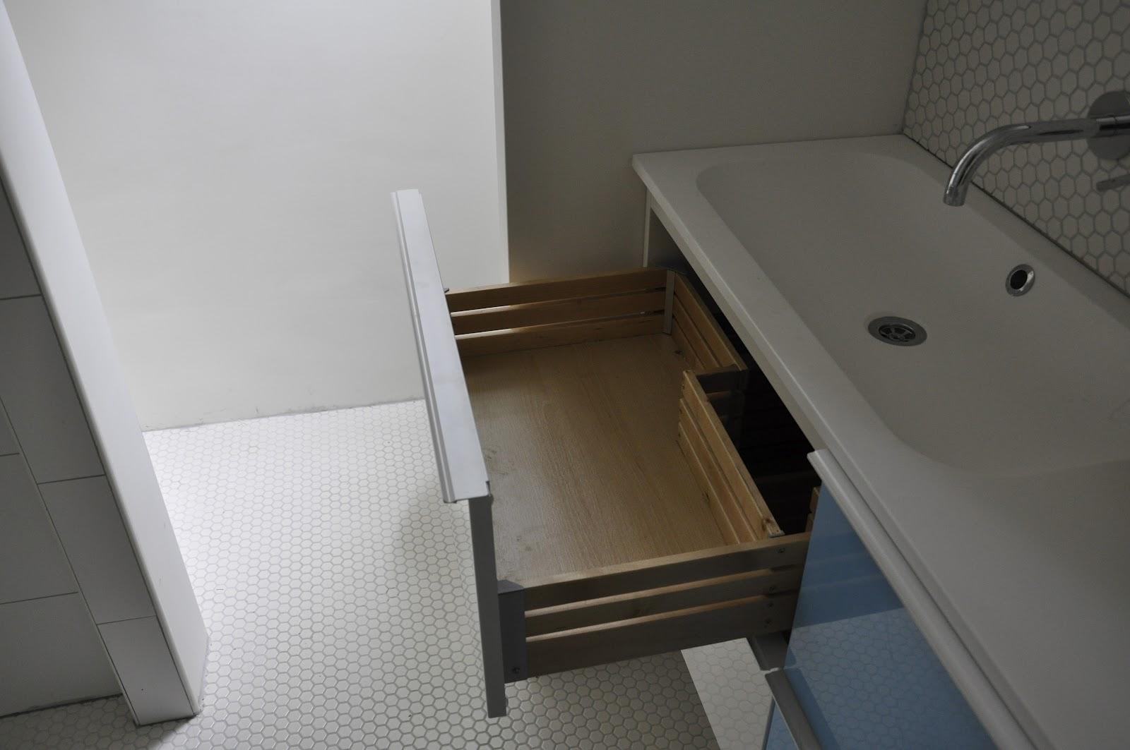 Ikea Badkamer Bovenkast : Extreem ikea douche meubel jp u aboriginaltourismontario