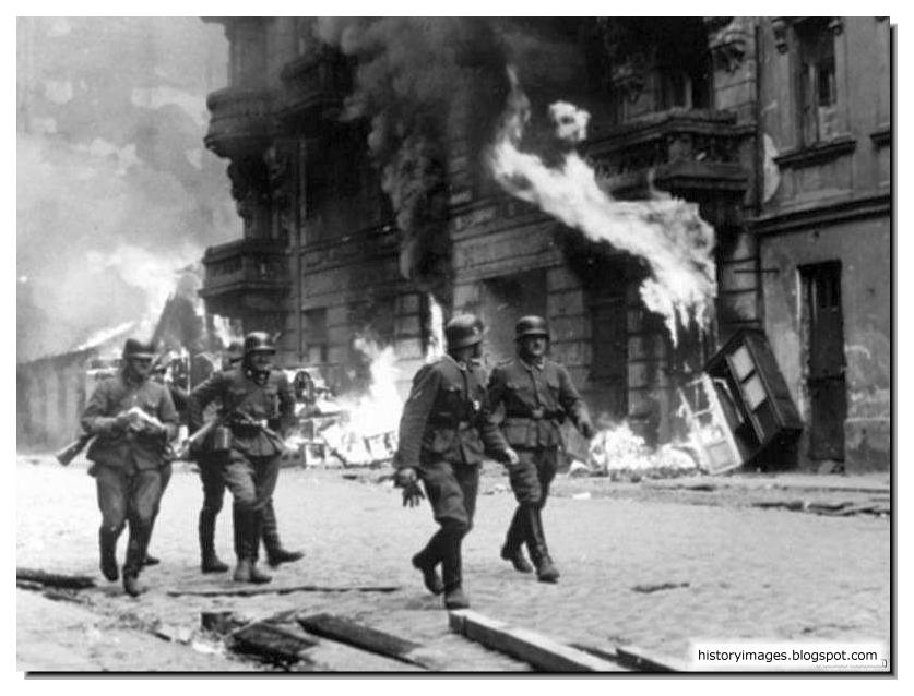 HISTORY IN IMAGES: Pictures Of War, History , WW2: Warsaw ...