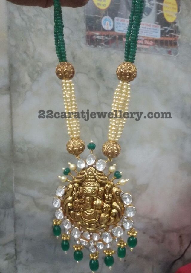 Ganesh Pendant with Eemerald Beads and Pearls