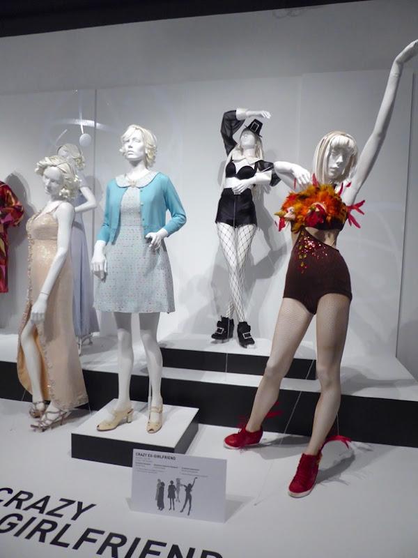 Crazy Ex Girlfriend season 1 costumes