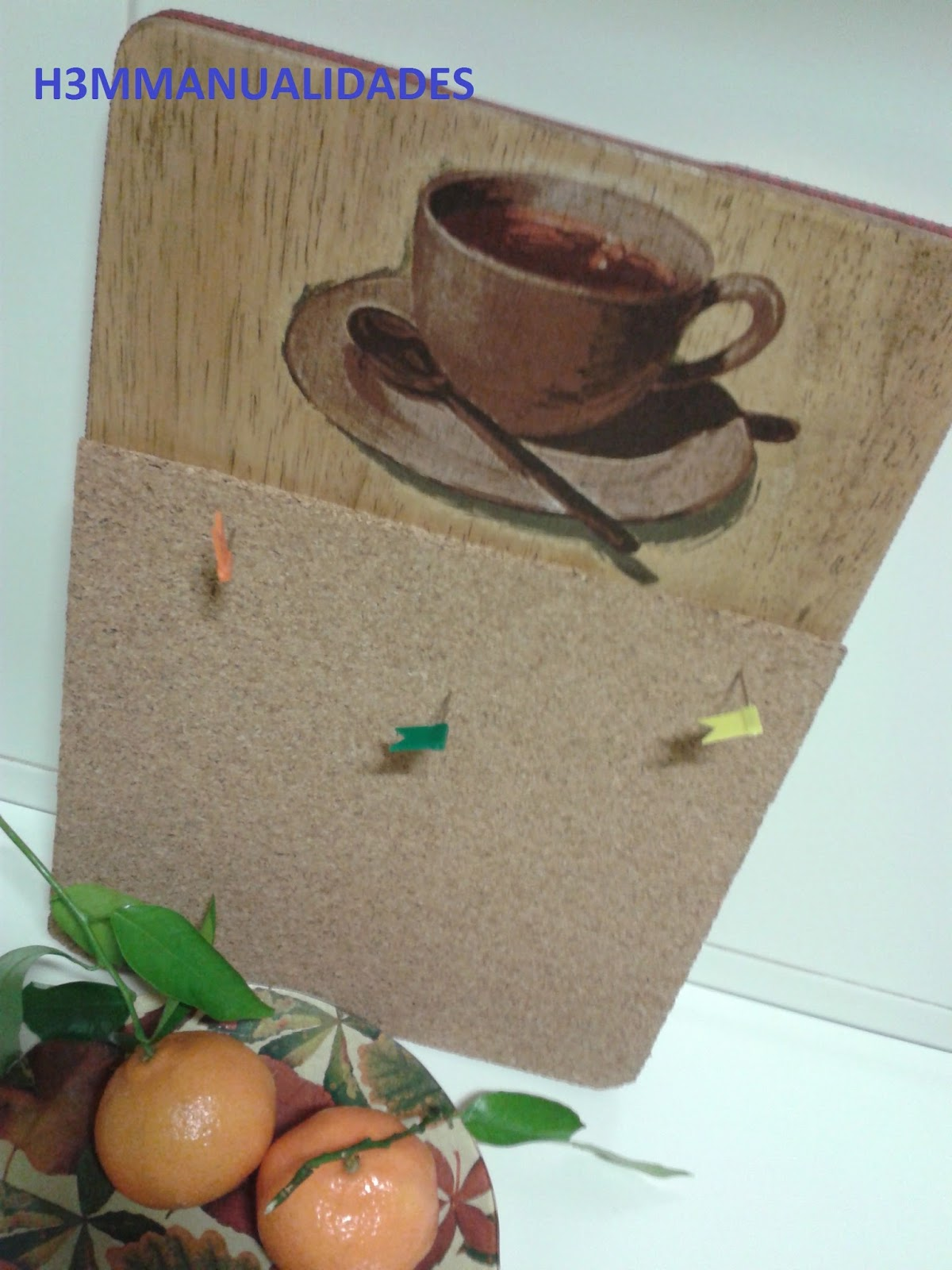 H3m manualidades tabla de cocina convertida en portanotas - Tabla de corcho ...