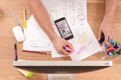 Advantages freelance web designer