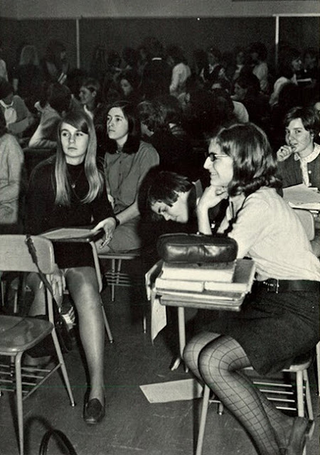 Mini Skirts In The Classroom In The Past Vintage Everyday
