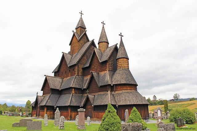 Eglise en bois debout à Heddal, sud de la Norvège