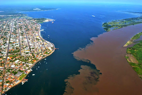 encontro das águas do Rio Amazonas com o Tapajós - Santarém – Pará
