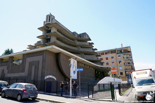 Rome - Roma - chiesa - church - Eglise Santa Maria della Visitazione  Architecte: Saverio Busiri Vici  Construction: 1965 - 1971