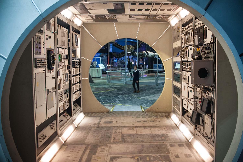 Moduł Destiny wewnątrz w zachowanej oryginalnej skali z możliwością wejścia do środka. | Fot. wystawaspace.pl