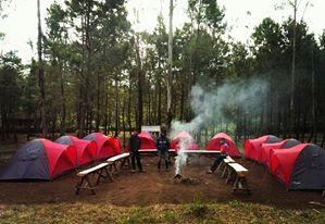 Tenda Untuk Berkemah di Ranca Upas