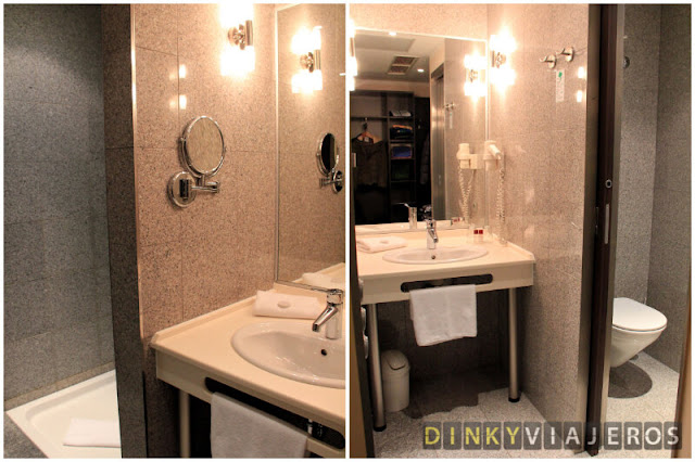 Hotel Ivbergs Premium - Baño