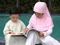 Melatih Mengejarkan Anak Sholat