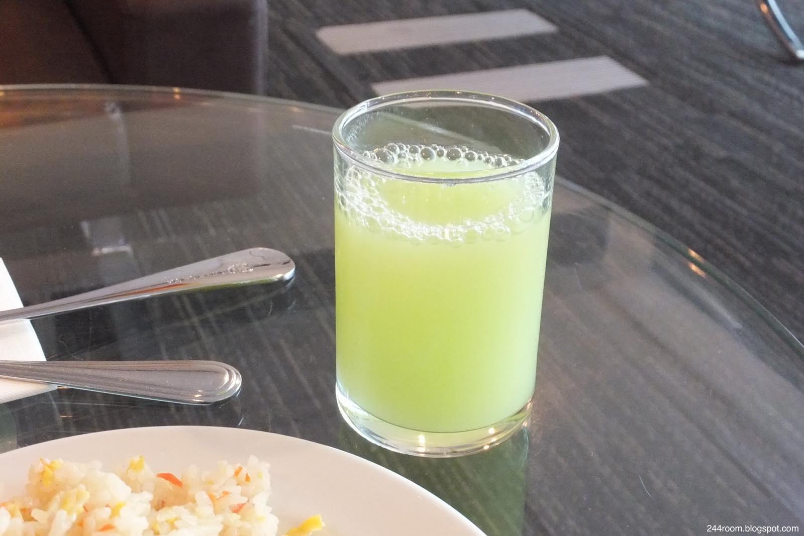 スワンナプームCIPラウンジF-食事-juice