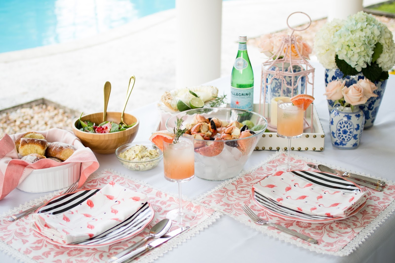 Take outdoor dining to the next level with chic décor and a no-fuss summer meal