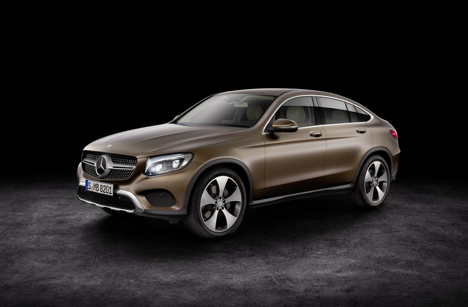 New mercedes benz glc coupe for those who place style over for Pictures of a mercedes benz