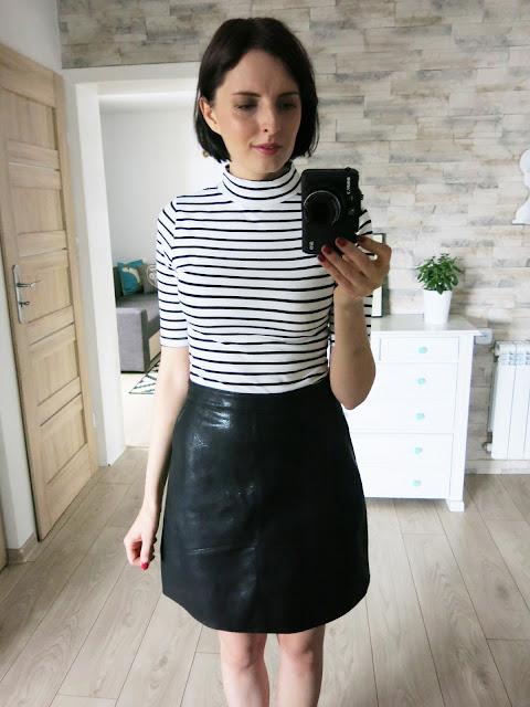 Czarna spódnica oraz czarna haftowana bluzeczka - Zaful.
