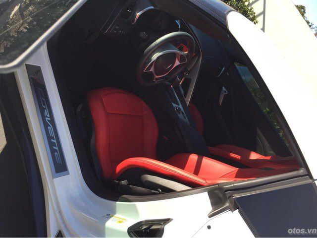 Ác quỷ Chevrolet Corvette Z06 - xe thể thao mạnh mẽ