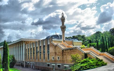 Dilema Masjid di Balik Rencana Pencabutan Karantina Italia