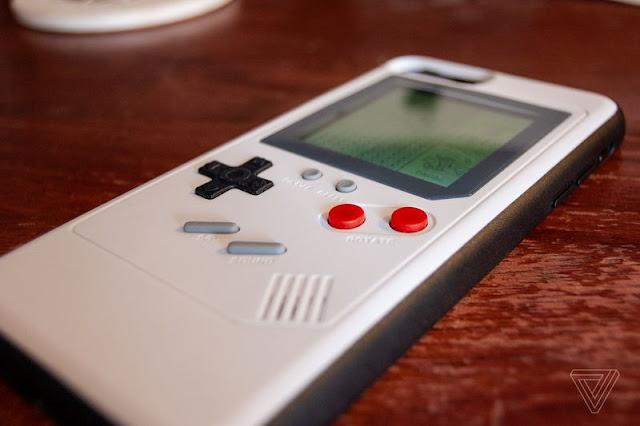تمتع بالجيم بوي Game Boy على غطاء الآيفون
