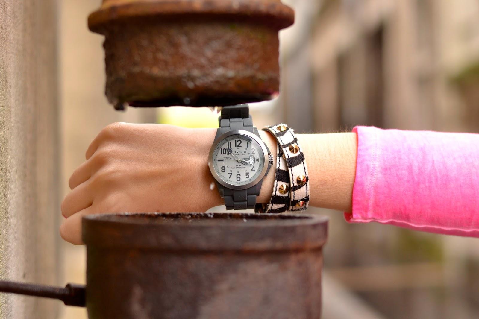 切瓦奇手表