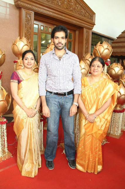 Sathyaraj's Son Sibiraj with wife and mother