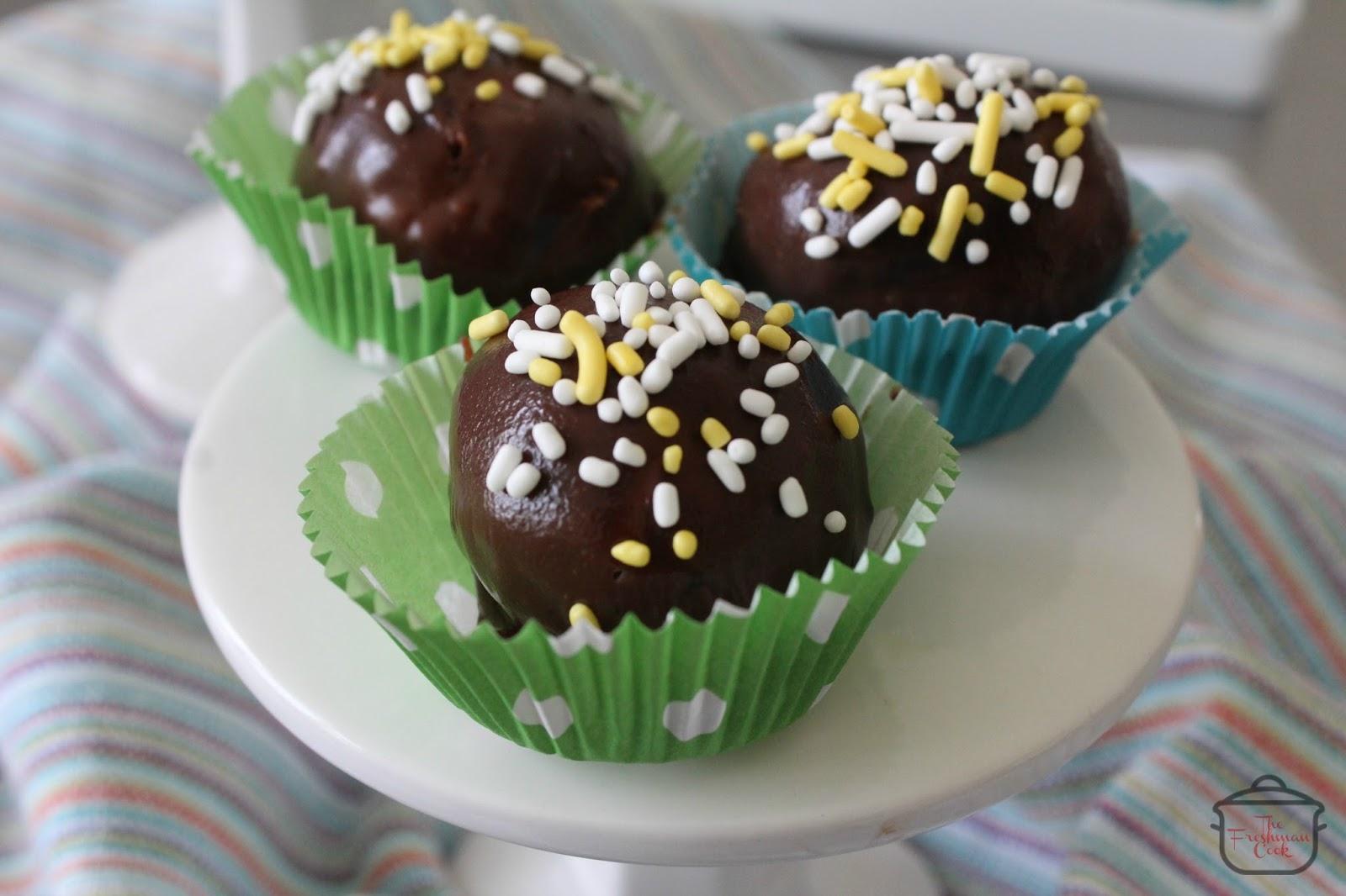 The Freshman Cook: Triple Chocolate Strawberry Cake Truffles ...