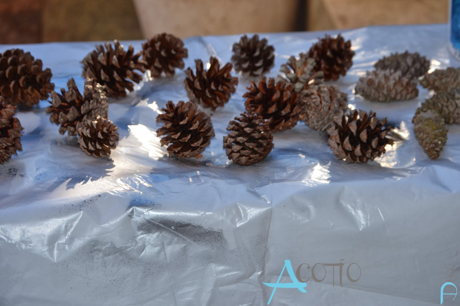 Decoraci n navide a exterior se lleva lo natural acot o for Decoracion navidena para exteriores