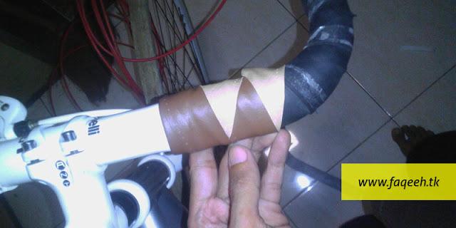 Pola Harlequin Kombinasi Warna Custom Bar Tape Buatan Sendiri