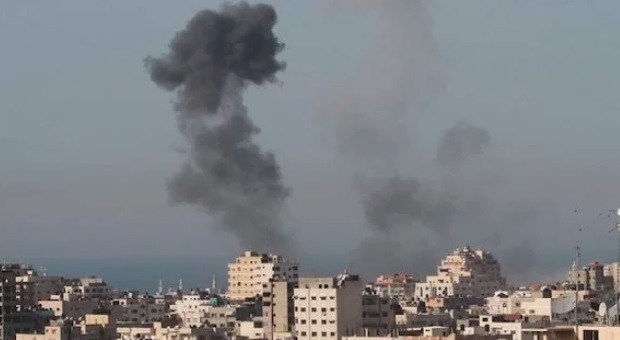 Hamas Tembakan 100 Roket Ke Wilayah Israel