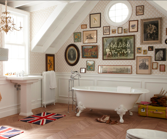 Courtney Lane: Clawfoot Tubs {In Three Lovely Bathrooms}