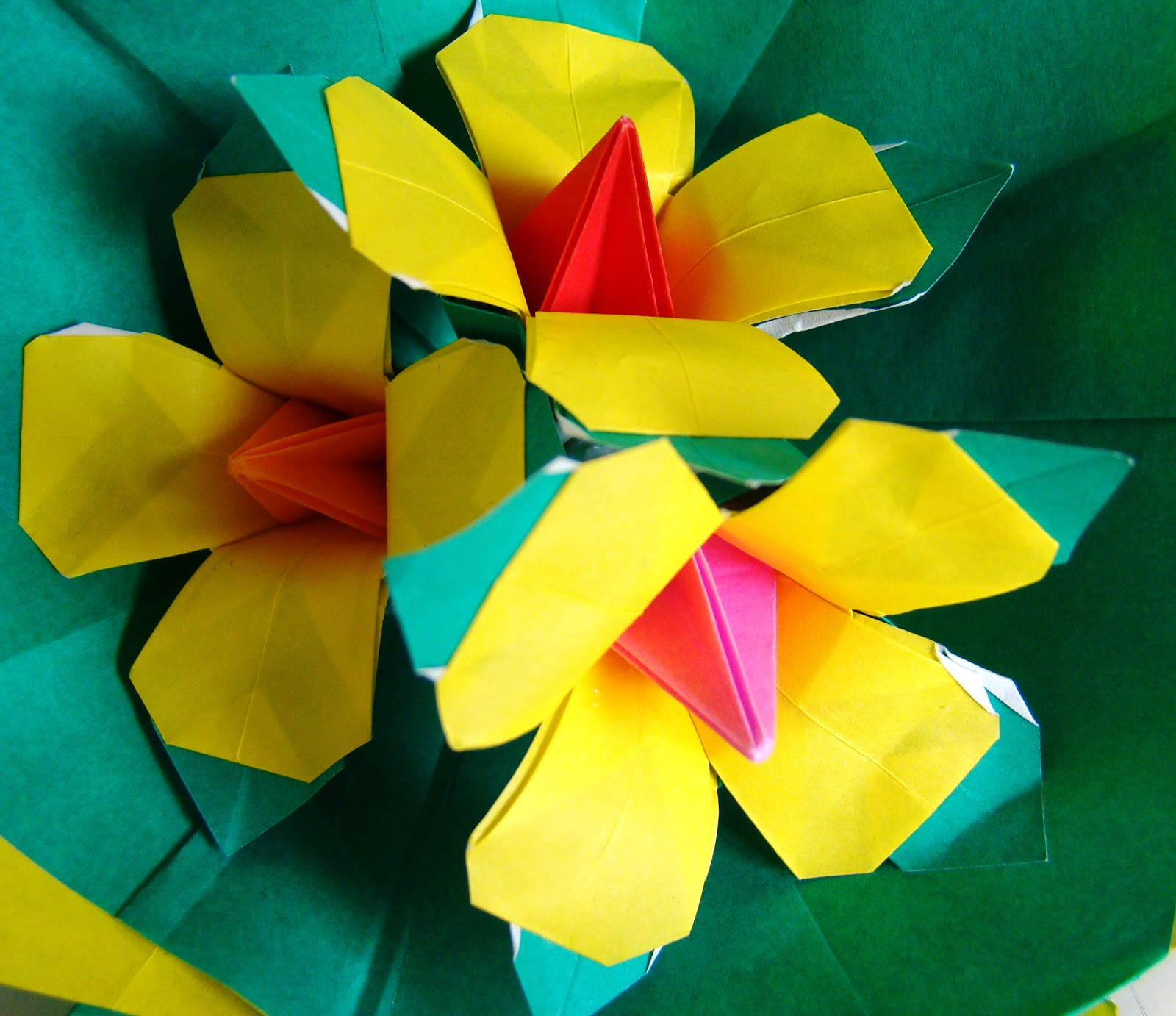 Origami Maniacs: Beautiful Origami Yellow Flowers By ... - photo#35