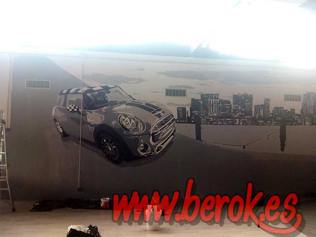 Mural graffiti coche Mini