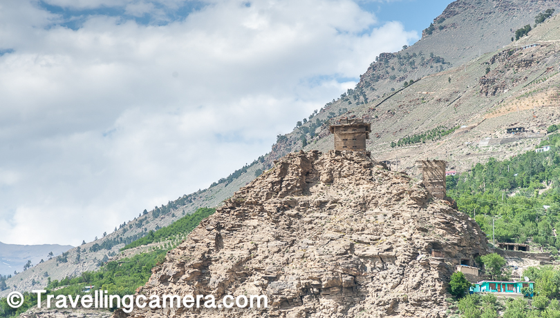 Above is photograph of Moorang fort.   If you notice in above photograph, vegetation has gone down in comparison to photographs shown above. That's what you experience as move closer to Spiti. Gradually you reach the land with no leaves around, only some patches of trees & grass which are maintained by villages or families in that region.