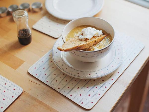 Asparagus Soup à la Jamie