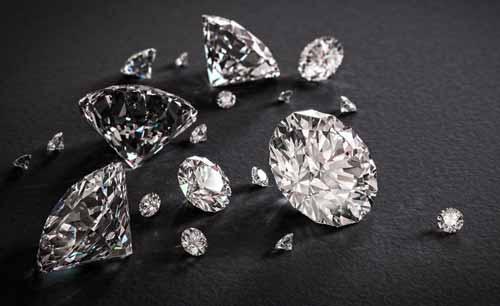 contoh peristiwa pemantulan sempurna (total) pada berlian