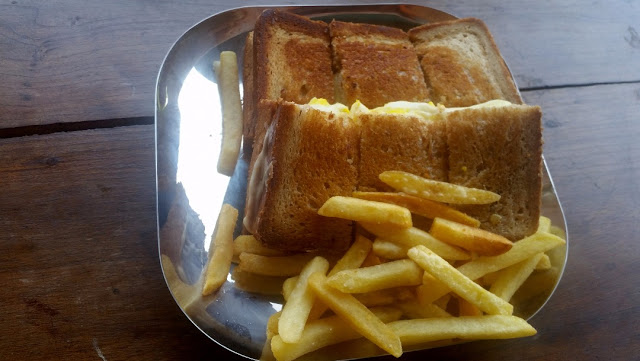 Boil Egg Sandwich